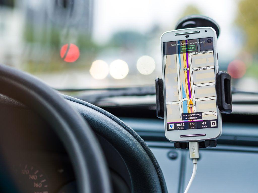 GPS スマホ